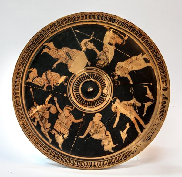 Εγκαίνια της περιοδεύουσας έκθεσης «Οι αμέτρητες όψεις του Ωραίου» στο Μουσείο Ελιάς και Ελληνικού Λαδιού στη Σπάρτη