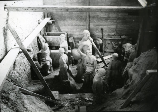 Μετά την απελευθέρωση:  ανασυνθέτοντας την ιστορία της απόκρυψης  μέσα από τα αρχεία του Εθνικού Αρχαιολογικού Μουσείου